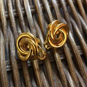 Vintage knot earrings